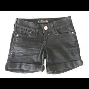 Guess black jean shorts size 24